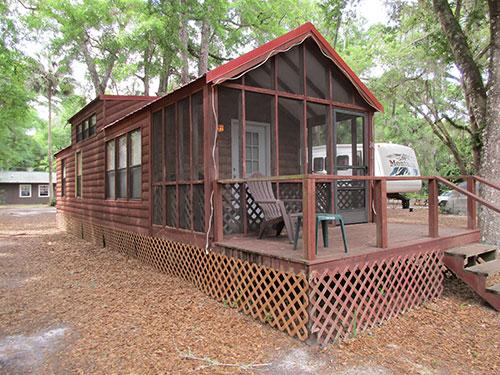 Daily & Weekly Cabin Rentals Ocala, DeLand, Daytona Beach